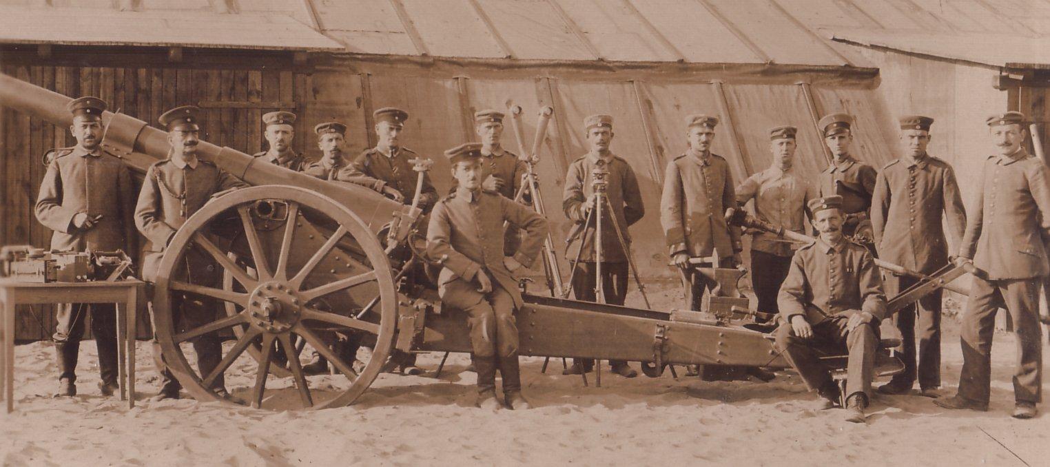 Lovett Artillery - 10,5 cm. leichte Feld Haubitze l.F.H. 1916
